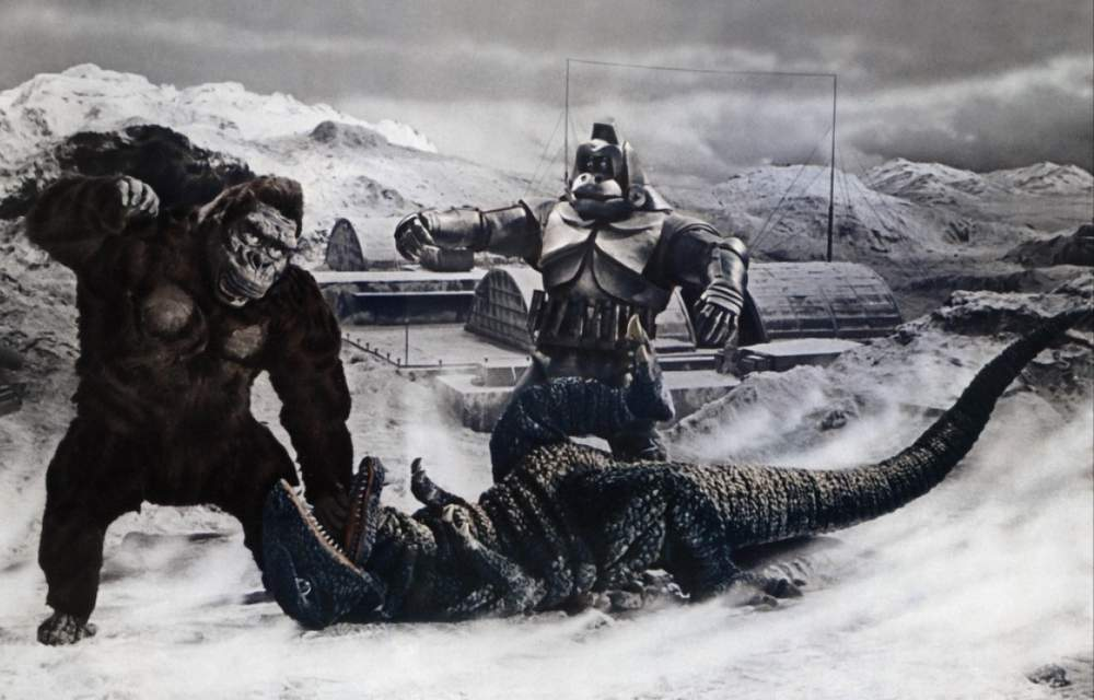 King_Kong_Escapes_Art_featuring_King_Kong_Mechani-Kong_and_Gorosaurus-1